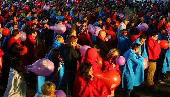 Capco employees break world record balloon bursting