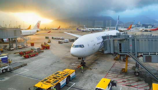 Hong Kong airport runway expansion plan goes to Mott MacDonald