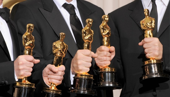 PwC apologises for incorrect envelope during Oscars ceremony