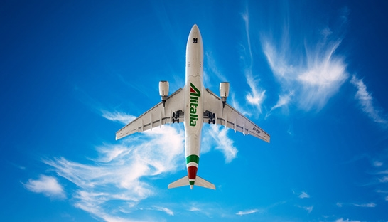 Alitalia enters bankruptcy as staff strike against job losses