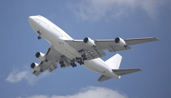 Rise of lean, digitally sophisticated planes sees 747's days numbered