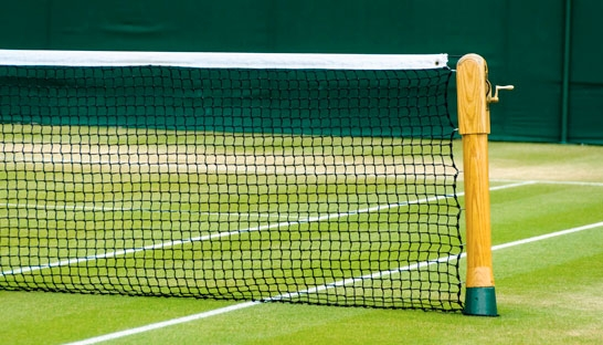 Prices for renting a tennis court vary considerably across the globe