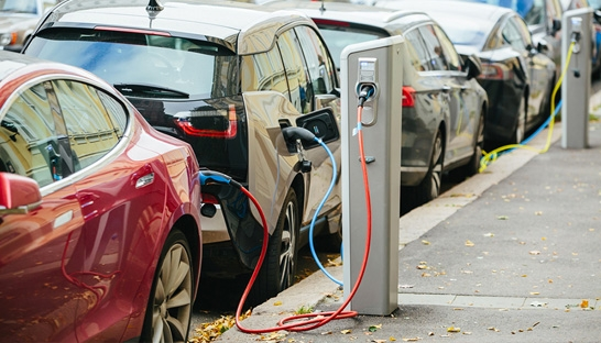 UK government must raise the bar for electric vehicle adoption