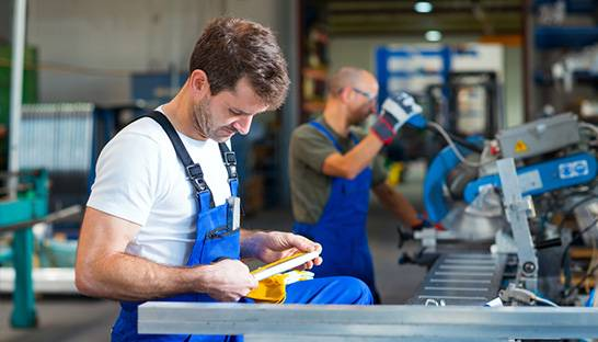 Eight in 10 UK manufacturers hit by worker shortage