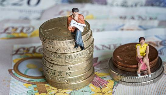Closing pay gap would boost earnings of UK women by £92 billion