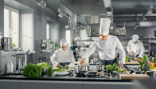 Wages, food safety and technology top restaurant agenda